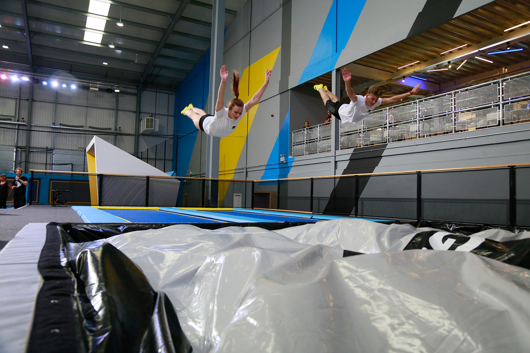freejumping activities oxygen freejumping trampoline park. Black Bedroom Furniture Sets. Home Design Ideas